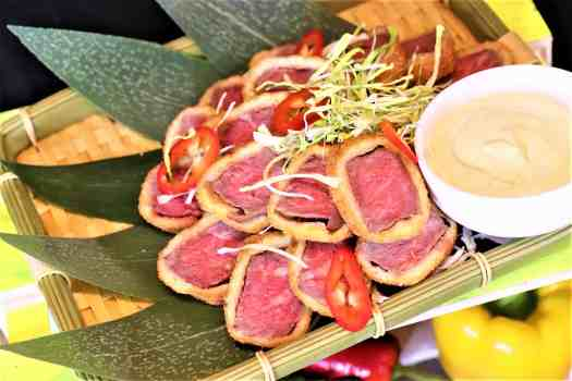 Golden-fried-wagyu-beef-with-mayonnaise