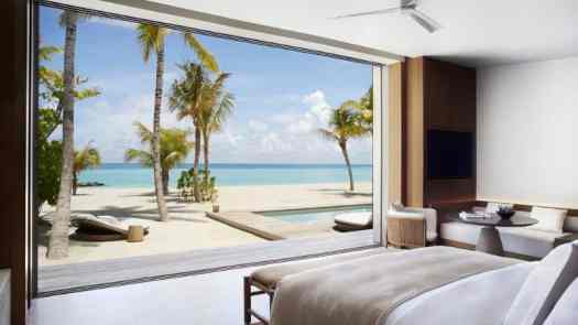 Maldives-Ritz-Carlton Fari-Islands-pool-villa