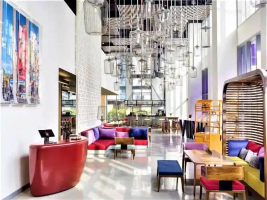 saigon-centre-wink-hotel-lounge