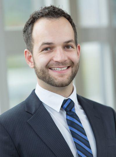 Dr. Eric Neumann - Chiropractor Portland