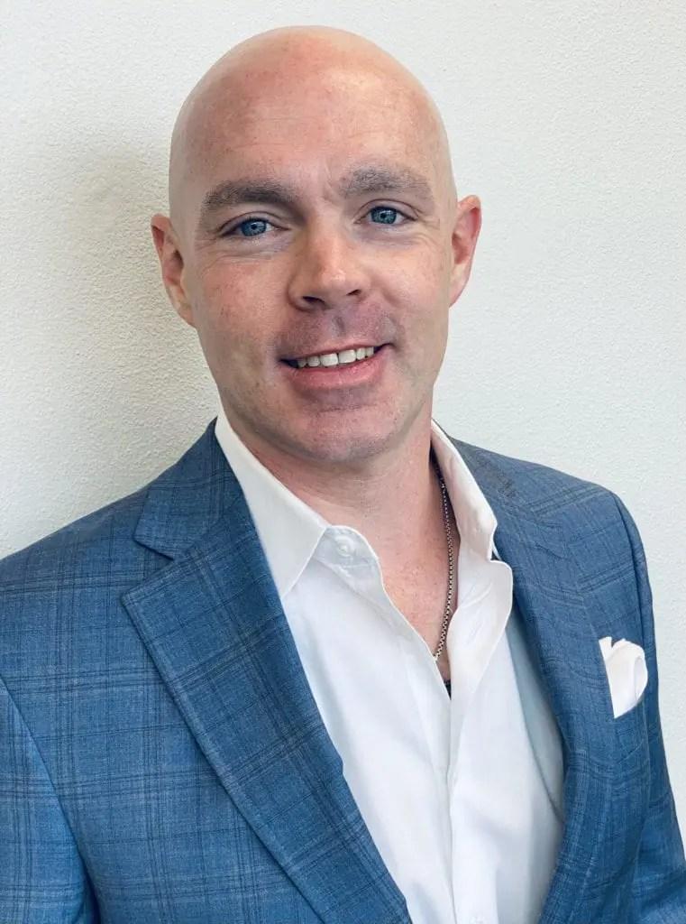 Dr. Chris Gosselin