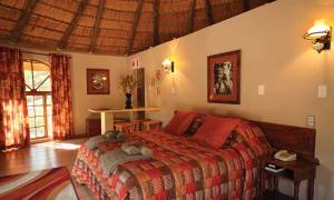 Gooderson DumaZulu Lodge & Traditional Village Bedrooms