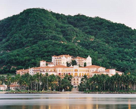 Best Golf Resorts in Mexico - The Isla Navidad golfMarina and Resort