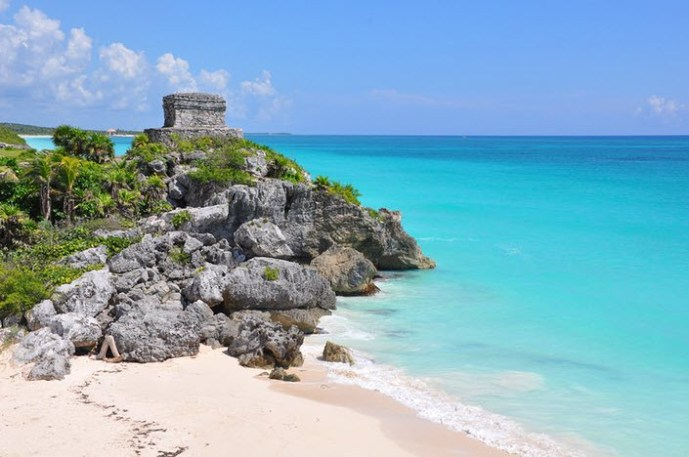 How Far is Cancun From Tulum