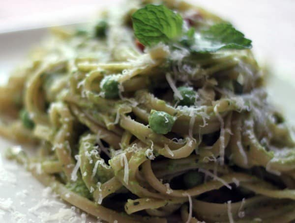 Mint pea pesto linguine06