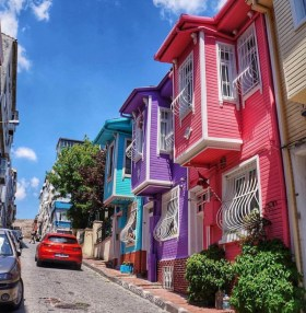 • Cuban Coloured Houses – boredpanda.com