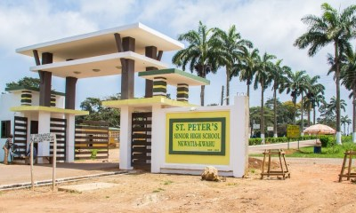 St. Peters headmaster sets up barbering salon on campus to deal with 'Rastafarians'