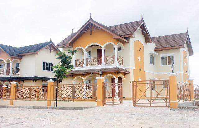 Paradise Estates