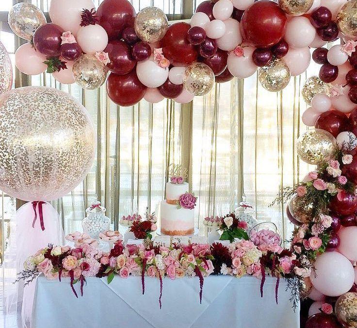 Sur Pinterest Balloon and floral decor for party decoration – #balloon #decor #decor