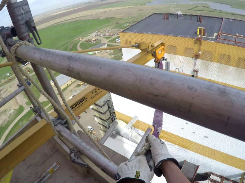 the highest wall mounted jib crane in saskatchewan?