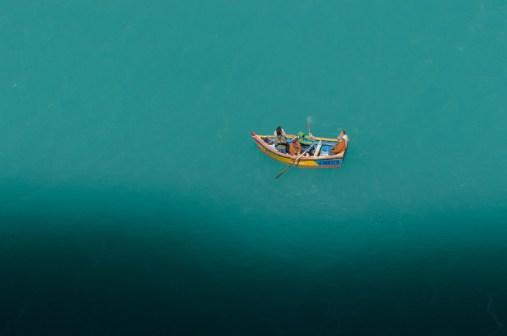Martin Hofmann - Laguna Parona rowboat, Peru