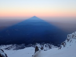 Dave Fishwick: Mt Hood sunrise