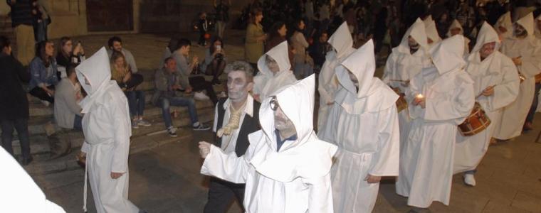 Disfraces, cuentacuentos y terror para festejar el Samaín