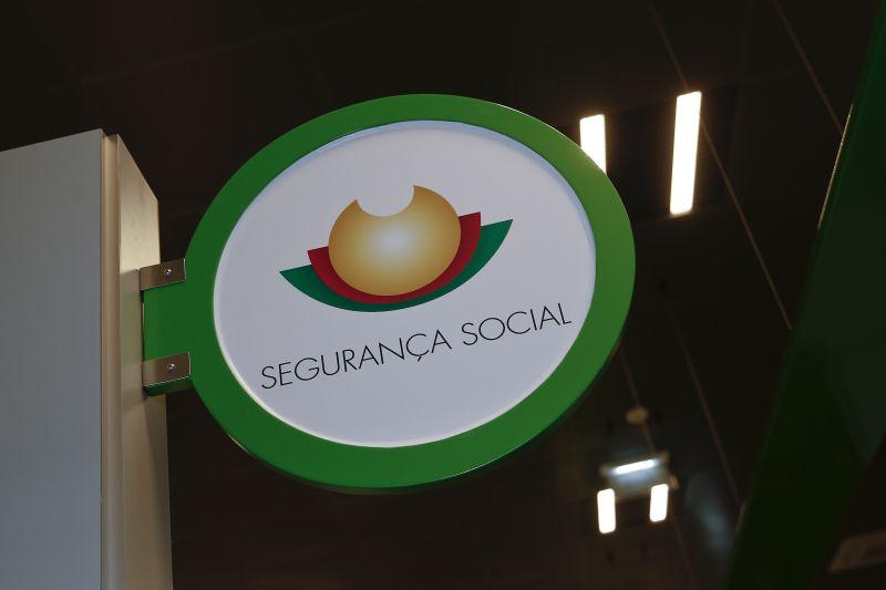 Segurança Social lança concurso para recrutar 200 trabalhadores/as