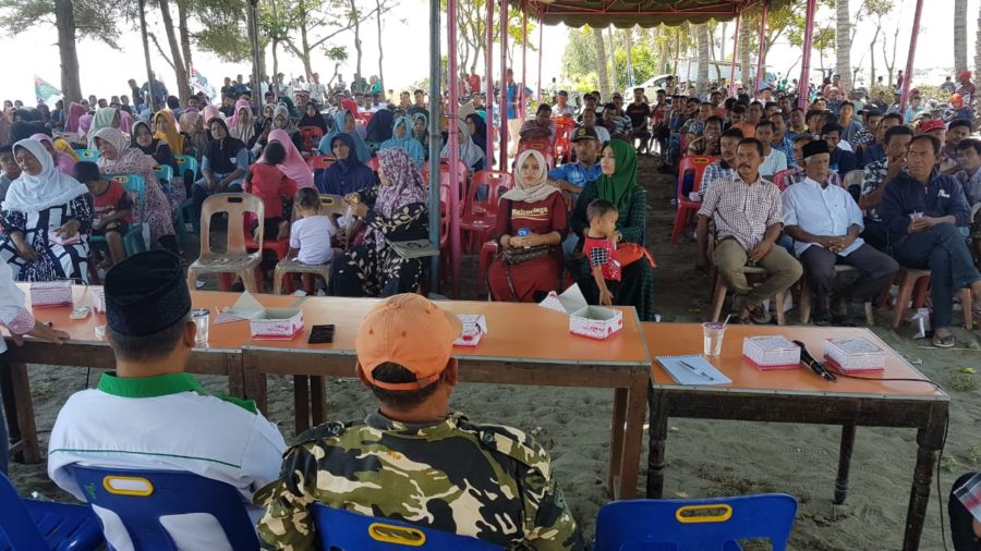 Pendukung Khairullah di Padang Tiji