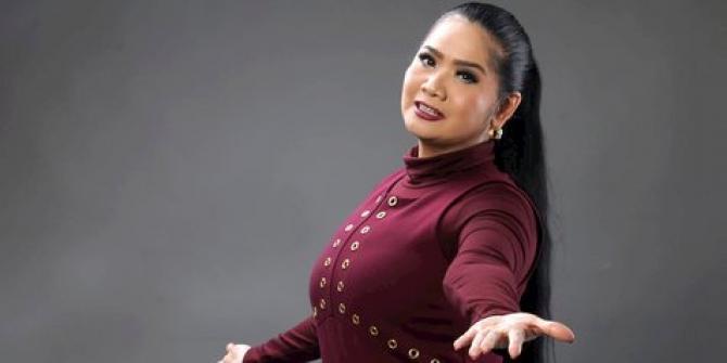 penyanyi Vina Panduwinata