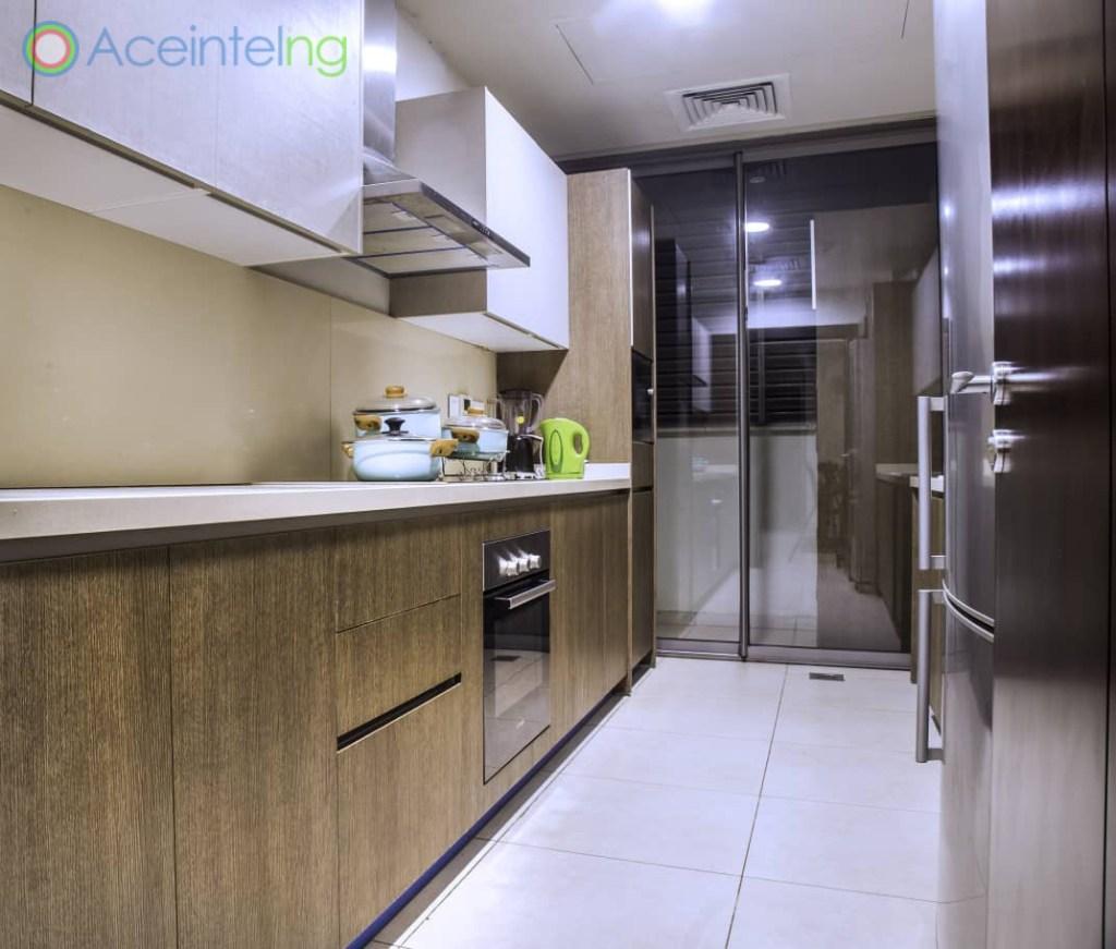 2 bedroom apartment for short let in Eko atlantic city - kichen