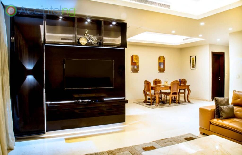 2 bedroom apartment for short let in Eko atlantic city - tv