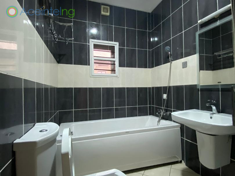 4 bedroom terrace duplex for rent in lekki phase 1 lagos - bathroom