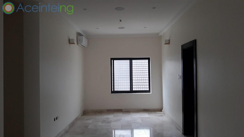3 bedroom flat for sale in ikoyi (off banana Island road) - dinning