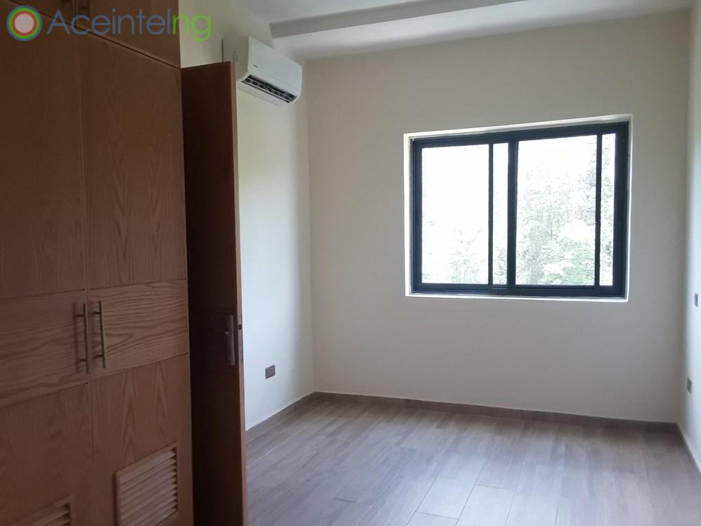 5 bedroom duplex for sale in banana Island ikoyi Nigeria - bedroom