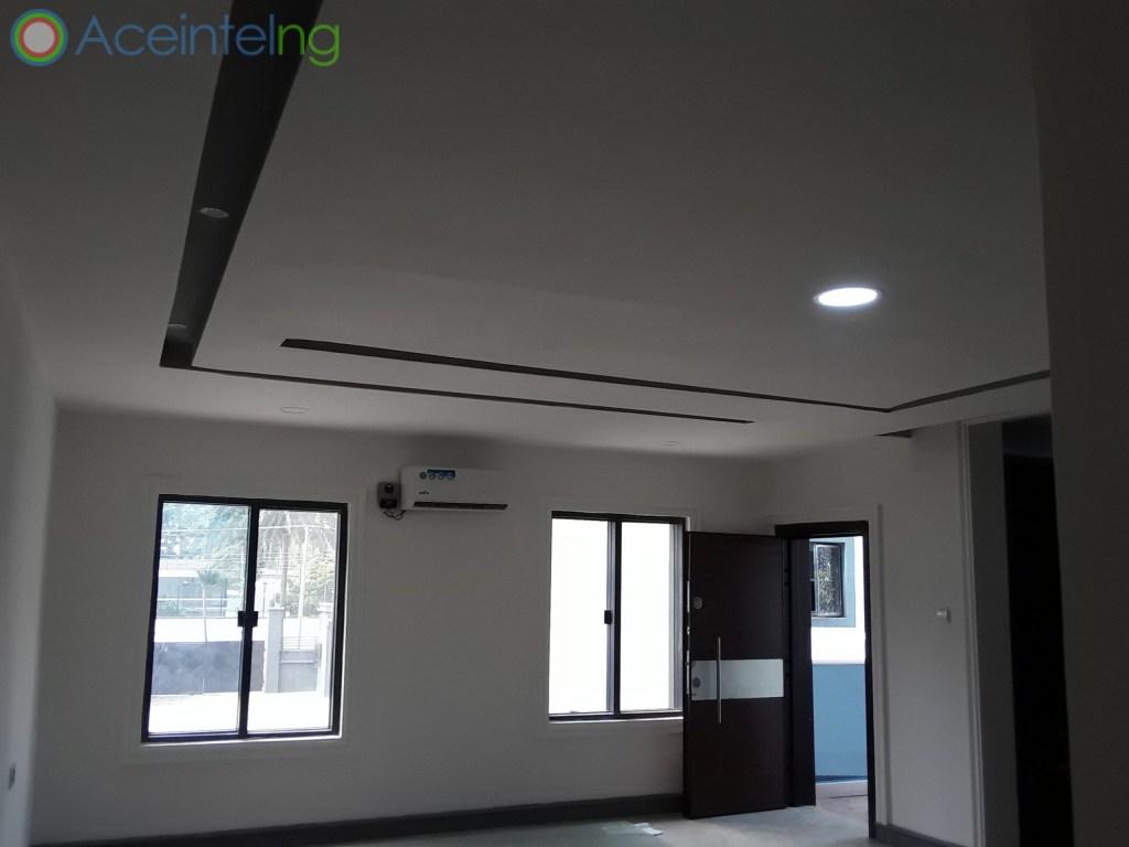 3 bedroom flat for sale in Ikoyi Lagos Nigeria - Masters Bedroom