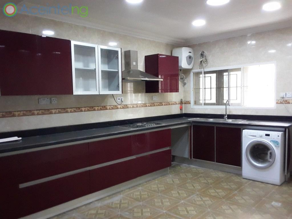 4 bedroom flat for rent in banana Island Ikoyi Lagos Nigeria - kitchen