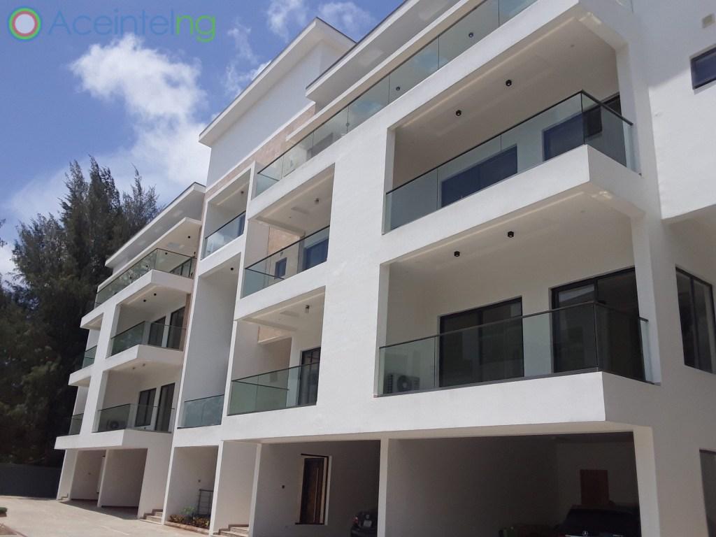 5 bedroom duplex for rent in banana Island ikoyi