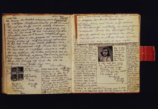 anne-frank-diary-open.jpg (540×372)