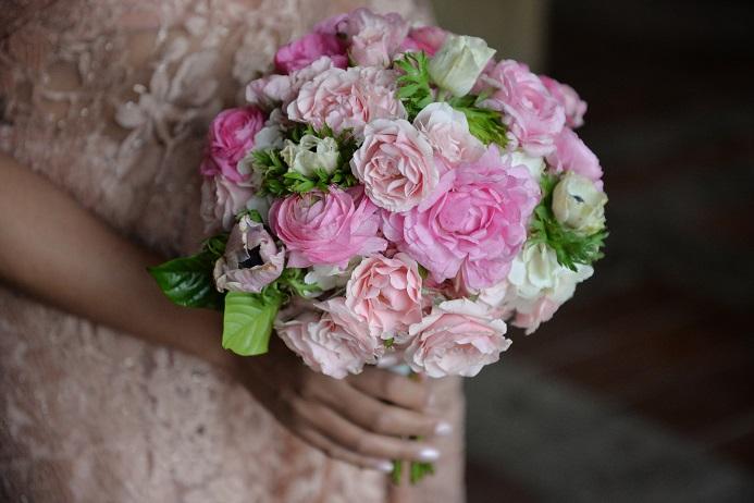 pink-bridal-boquuet