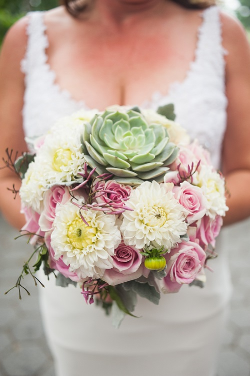 Flower Ideas for Outdoor Weddings
