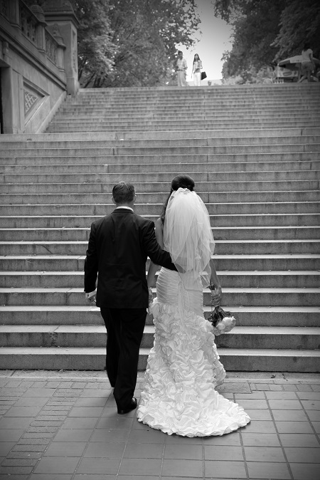 bethesda-terrace-wedding-portrait