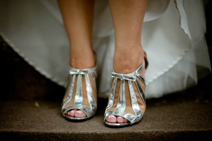 562e928c6be5 silver-wedding-shoes - A Central Park Wedding