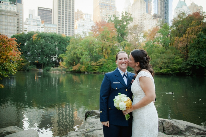 central-park-wedding-photos-nyc-skyline