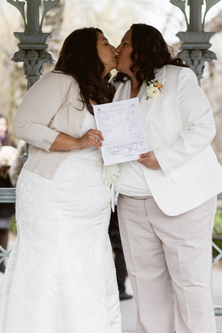 newlyweds-ladies-pavilion-central-park-nyc