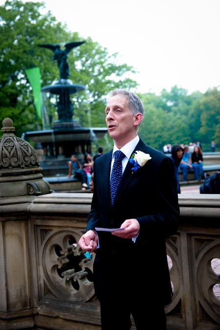 spring-wedding-at-bethesda-fountain (11)