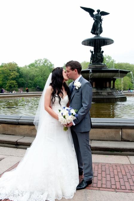 spring-wedding-at-bethesda-fountain (25)