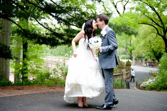 spring-wedding-at-bethesda-fountain (27)