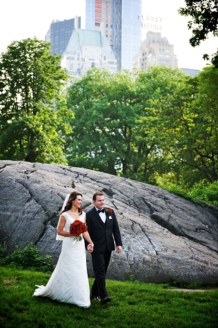 spring-wedding-at-wagner-cove-central-park-6