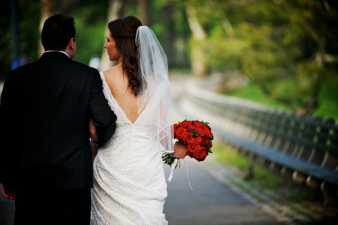 spring-wedding-at-wagner-cove-central-park-7