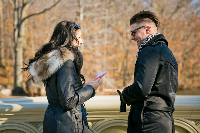 surprise-proposal-in-central-park (2)