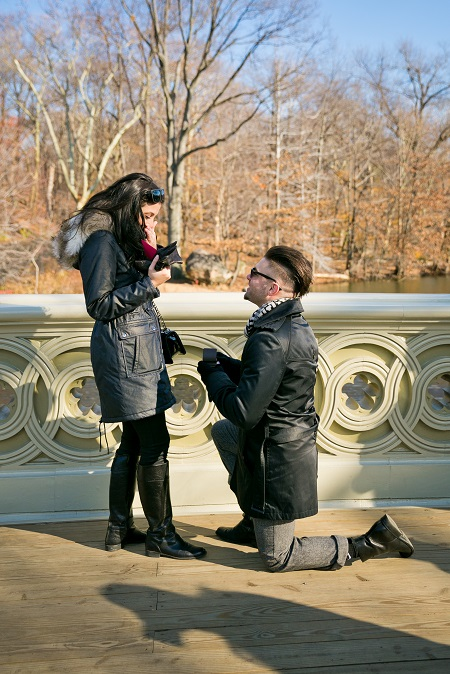 surprise-proposal-in-central-park (3)