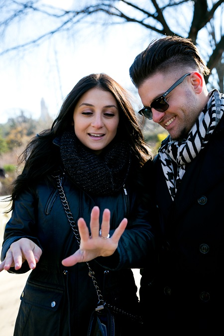 surprise-proposal-in-central-park (4)