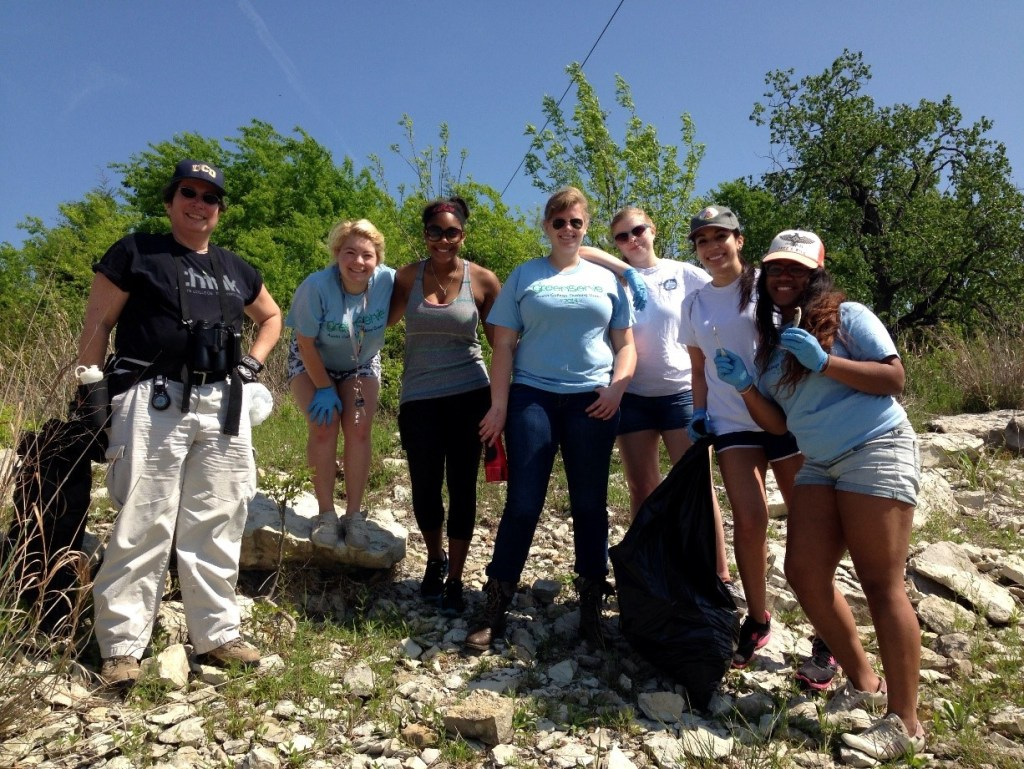 Volunteers for trash pick up at Denison Dam