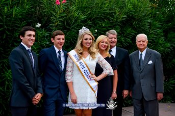 2016 Sun Queen Katherine Carroll-Miller and family pose for pictures at the 2016 Sun Court Coronation at the El Paso Country Club