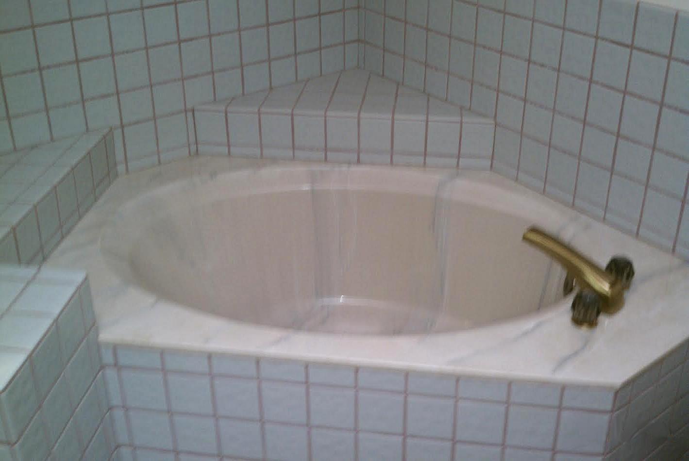 Bathtub Reglazing  Ace PermaGlaze