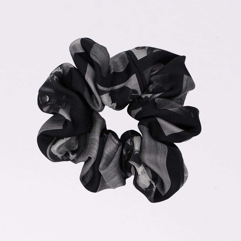 Acephala Silk Scrunchie Black N