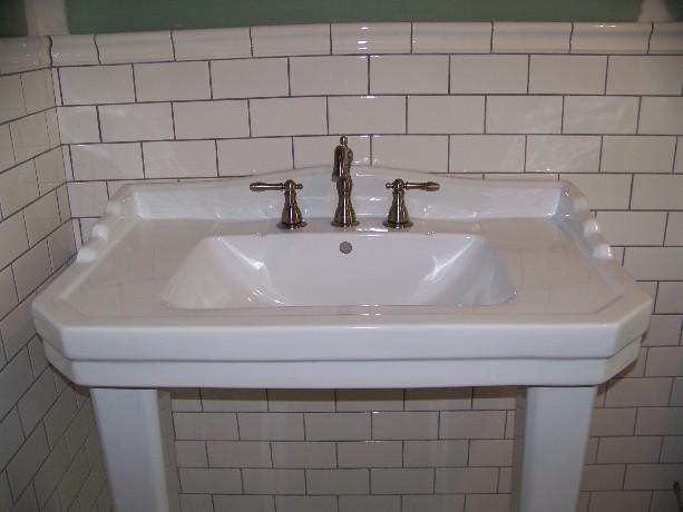 Fiberglass, Ceramic, Or Porcelain? Choosing Bathroom