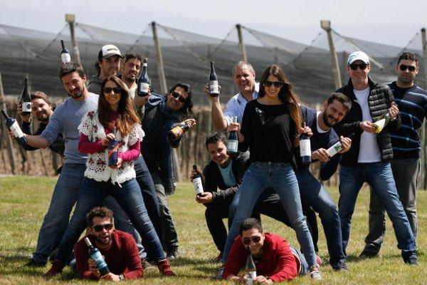 Productores mendocinos en una Feria de Vinos en Buenos Aires