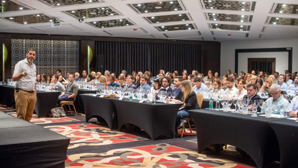 La Geografía del Vino en la Asociación Argentina de Sommeliers 1